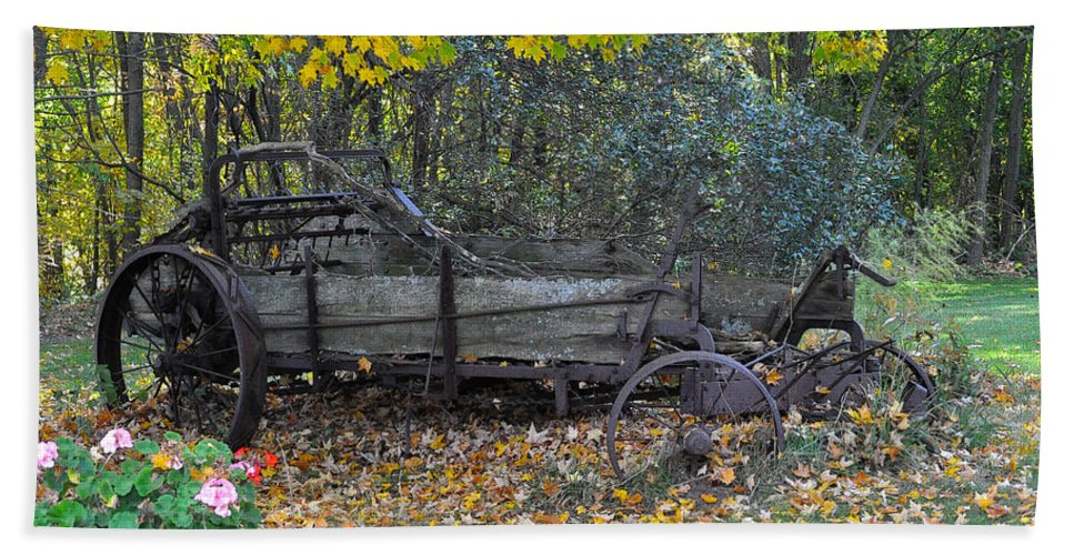 Door County Bath Sheet featuring the photograph Wagon by Tim Nyberg