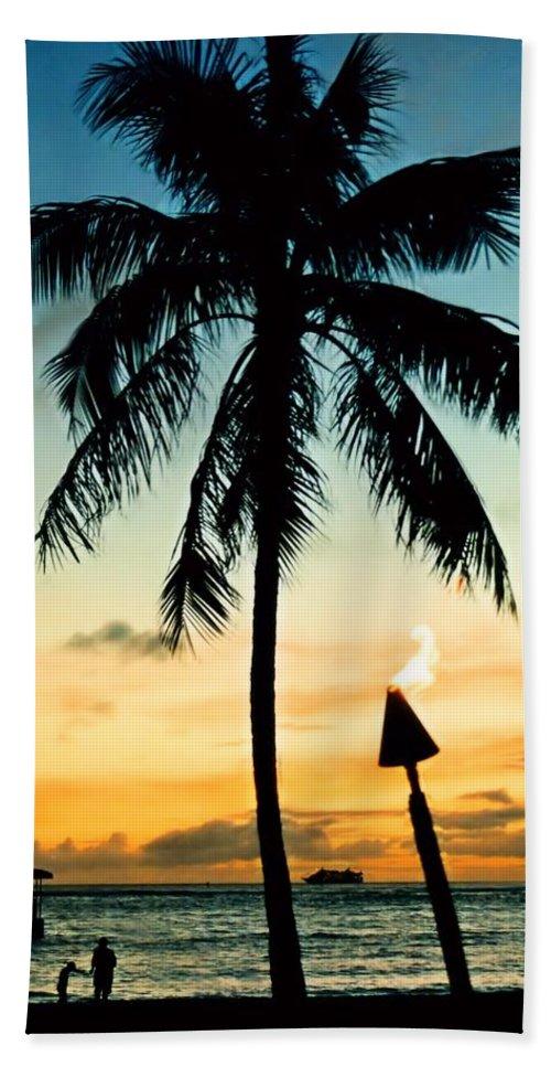 Hawaii Hand Towel featuring the photograph Waikiki Sunset by DJ Florek