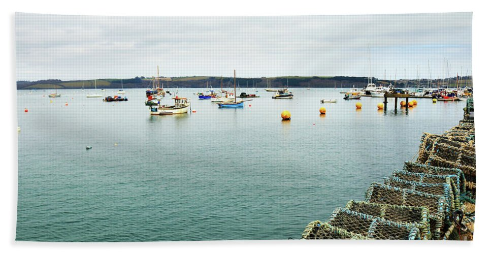 Mylor Hand Towel featuring the photograph Waiting Pots by Terri Waters