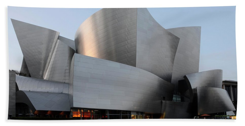 Disney Bath Sheet featuring the photograph Walt Disney Concert Hall 17 by Bob Christopher