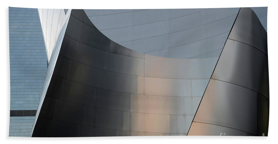 Disney Bath Sheet featuring the photograph Walt Disney Concert Hall 23 by Bob Christopher
