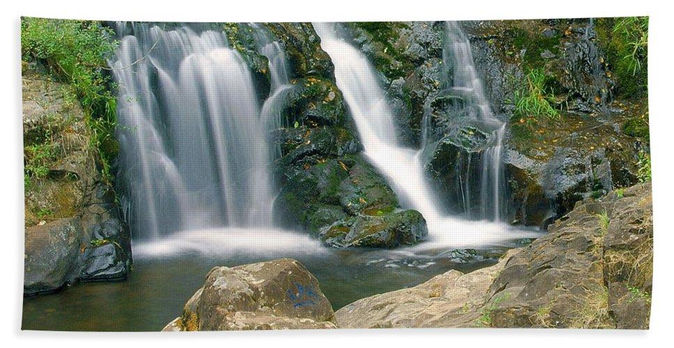 Waterfall Bath Sheet featuring the photograph Washington Falls 3 by Marty Koch