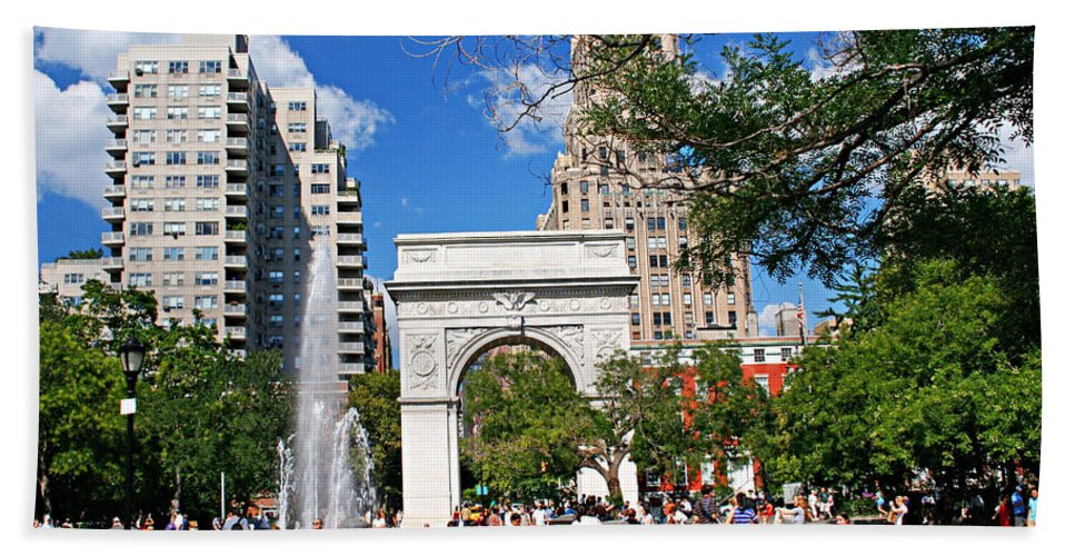 Washington Bath Sheet featuring the photograph Washingtone Square New York by Zal Latzkovich