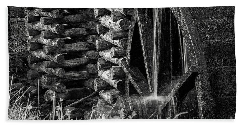 Cades Cove Bath Sheet featuring the photograph Water Wheel 2 by Bob Phillips
