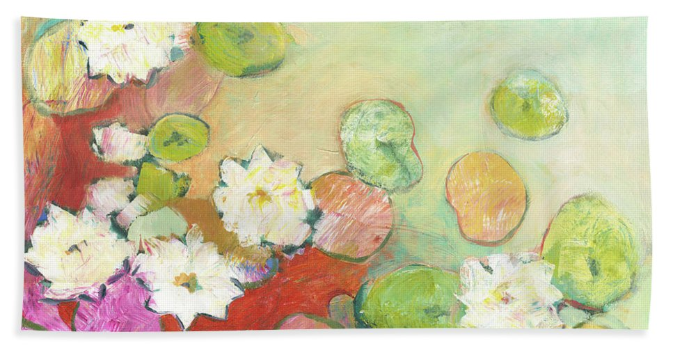 Lilly Bath Towel featuring the painting Waterlillies at Dusk No 2 by Jennifer Lommers