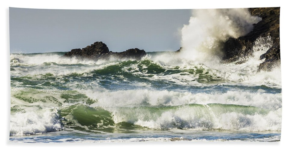 Cannon Beach Hand Towel featuring the photograph Wave Impact by John Trax
