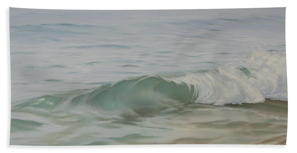 Seascape Bath Towel featuring the painting Waves Out Of The Fog by Lea Novak