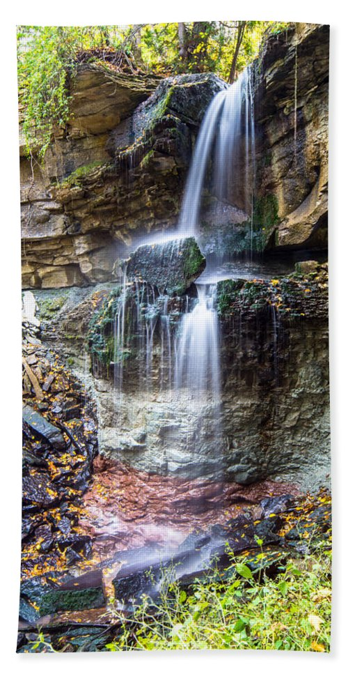 Landscape Hand Towel featuring the photograph Webwood Falls by Richard Kitchen