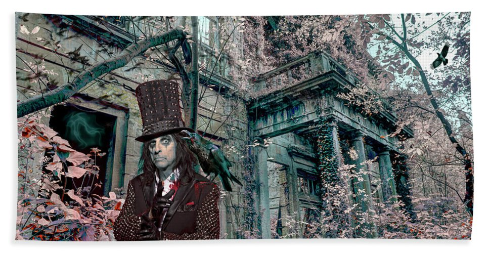 Alice Cooper Bath Towel featuring the photograph Welcome 2 My Nightmare by Mal Bray