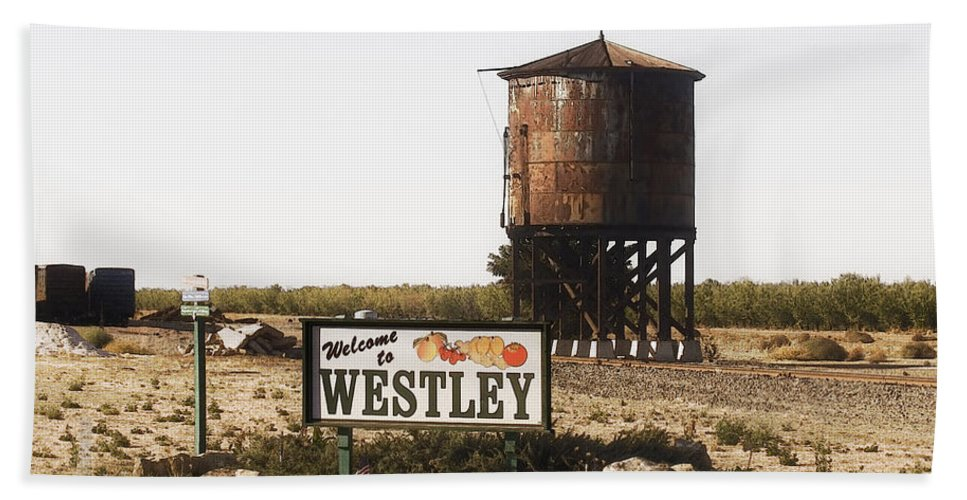 Landscape Bath Towel featuring the photograph Welcome To Westley by Karen W Meyer