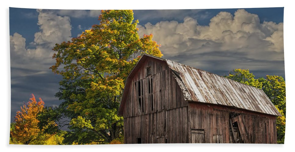 Landscape Bath Sheet featuring the photograph West Michigan Barn In Autumn by Randall Nyhof