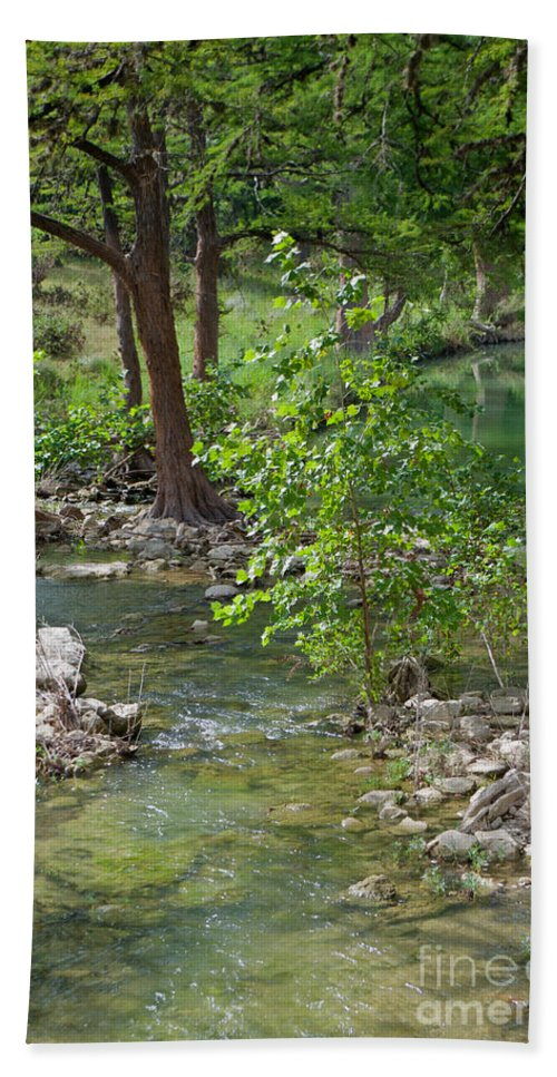 West Hand Towel featuring the photograph West Sister Creek by Gary Richards
