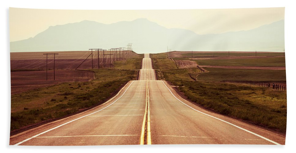Middle Hand Towel featuring the photograph Western Road by Todd Klassy