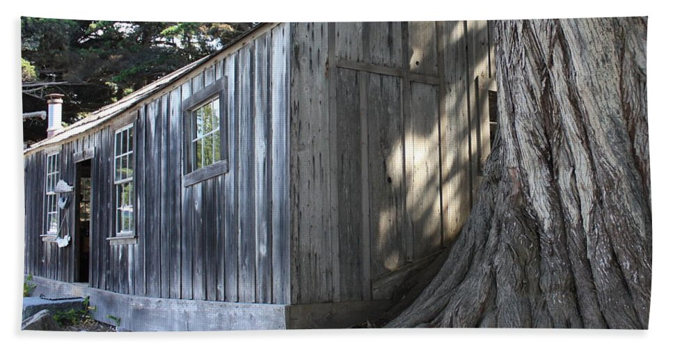 Bath Sheet featuring the photograph Whalers Cabin by Carol Groenen
