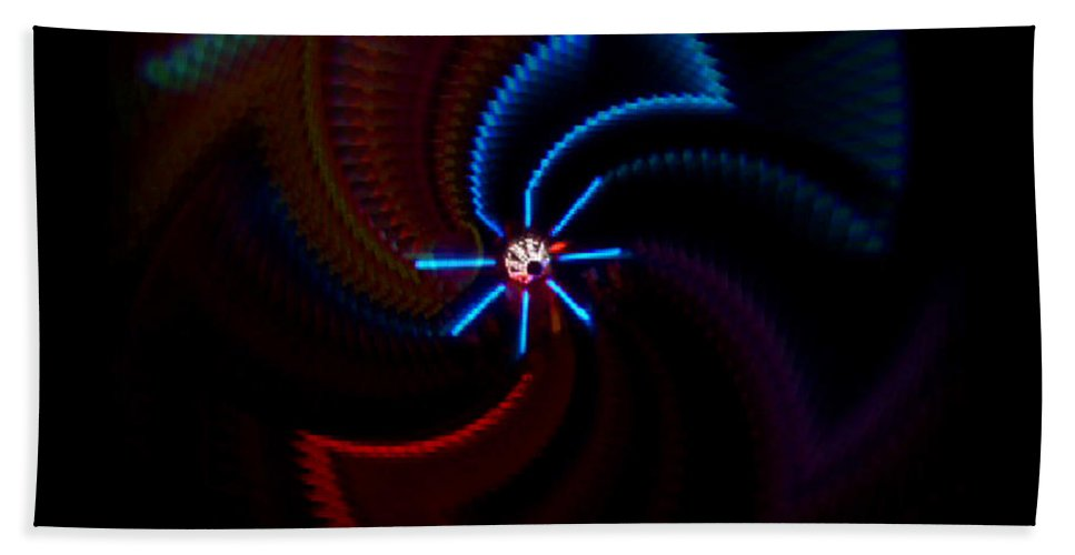 Chaos Bath Towel featuring the photograph Wheel by Charles Stuart