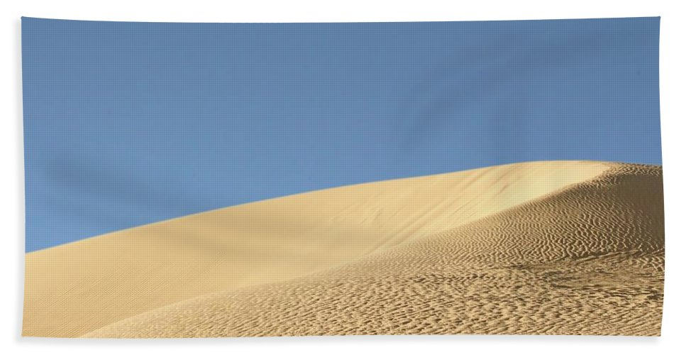 Sand Bath Sheet featuring the photograph Where The Sand Meets The Sky by Susan Westervelt