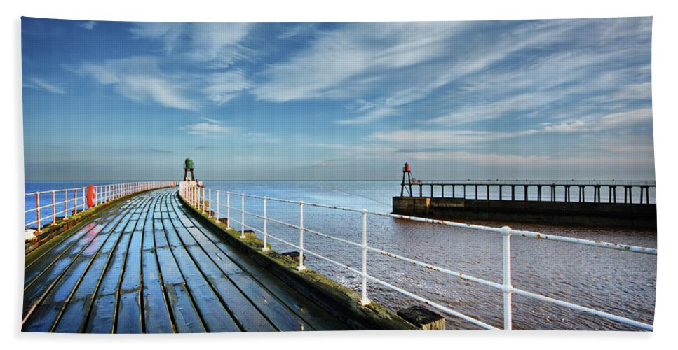 Whitby Bath Towel featuring the photograph Whitby Piers by Smart Aviation