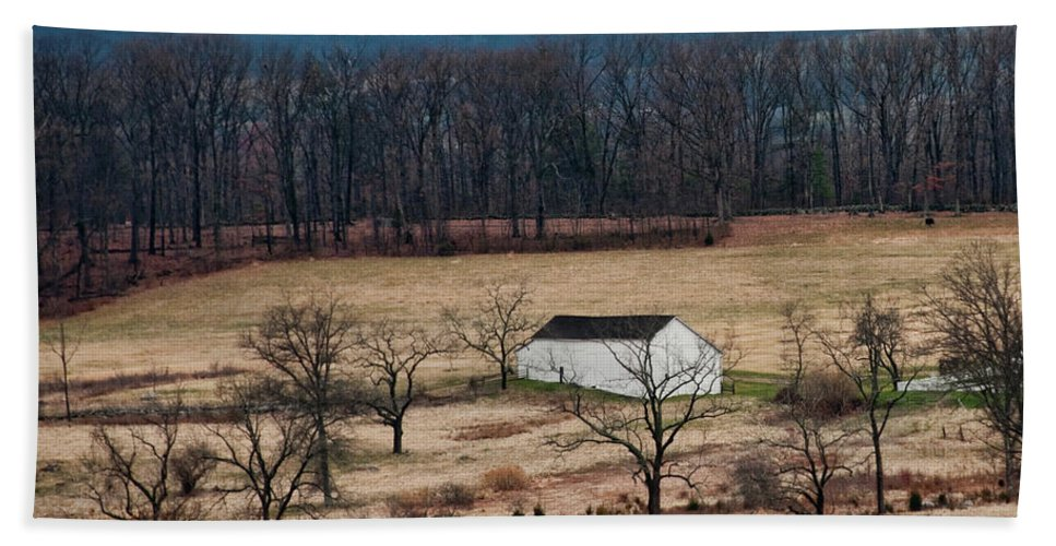 Landscape Bath Sheet featuring the photograph White Barn by David Arment