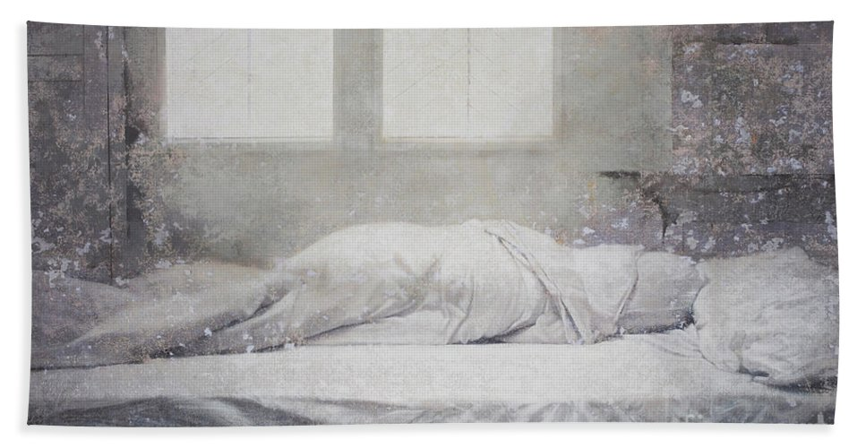 Linger Series Hand Towel featuring the painting White Bed Sheet- Warmth by Tuck Wai Cheong