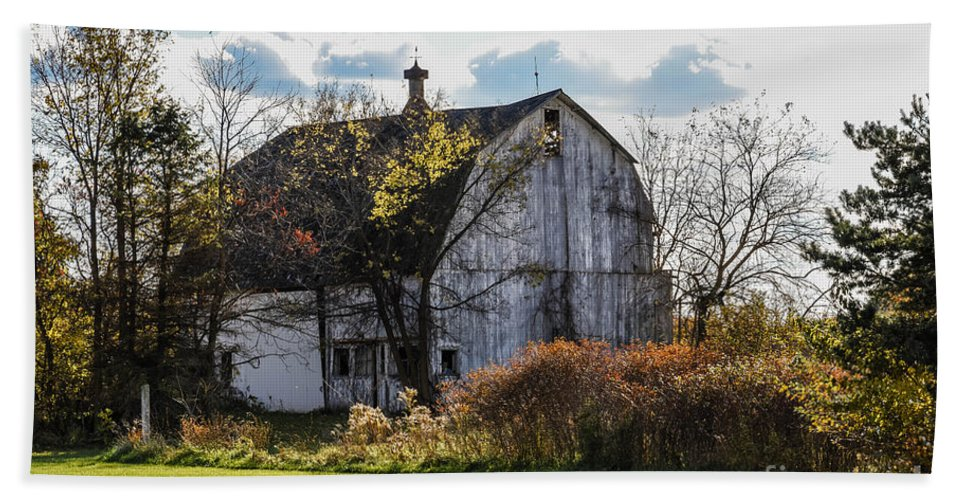 White Bath Sheet featuring the photograph White Country Barn by Grace Grogan