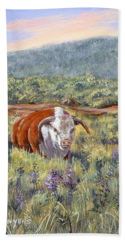 Hereford Bull Bath Towel featuring the painting White Face Bull by Peggy Conyers