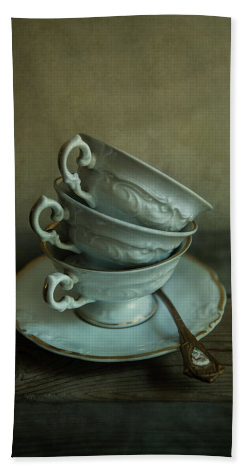 Cups Bath Sheet featuring the photograph White Ornamented Teacups by Jaroslaw Blaminsky