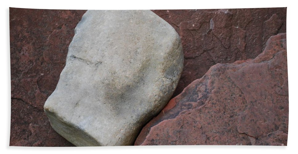 Color Hand Towel featuring the photograph White Rock On Red Rock Number 1 by Heather Kirk