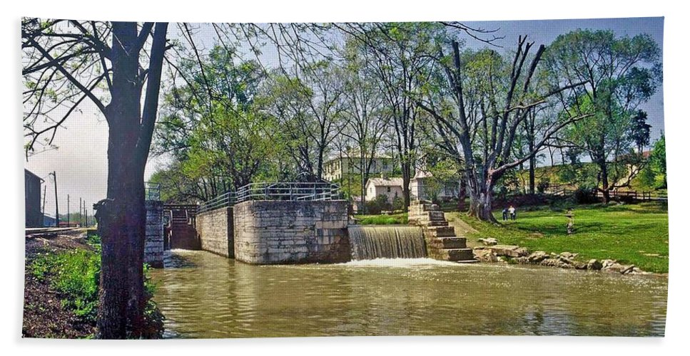 Metamora Hand Towel featuring the photograph Whitewater Canal Metamora Indiana by Gary Wonning