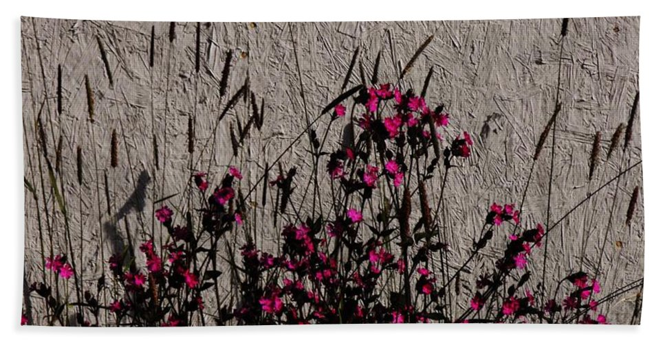 Wild Flowers On The Wall Bath Sheet featuring the photograph Wild Flowers On The Wall by Lori Mahaffey