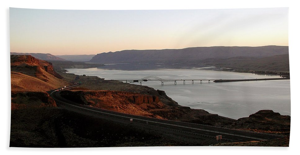 Columbia River Hand Towel featuring the photograph Wild Horse Lookout - Washington by D'Arcy Evans