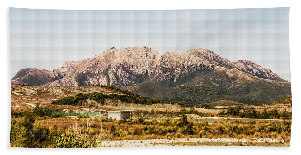 Tasmania Hand Towel featuring the photograph Wild Mountain Range by Jorgo Photography - Wall Art Gallery