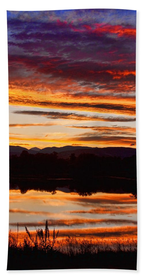 Sunset Hand Towel featuring the photograph Wildfire Sunset 1v by James BO Insogna
