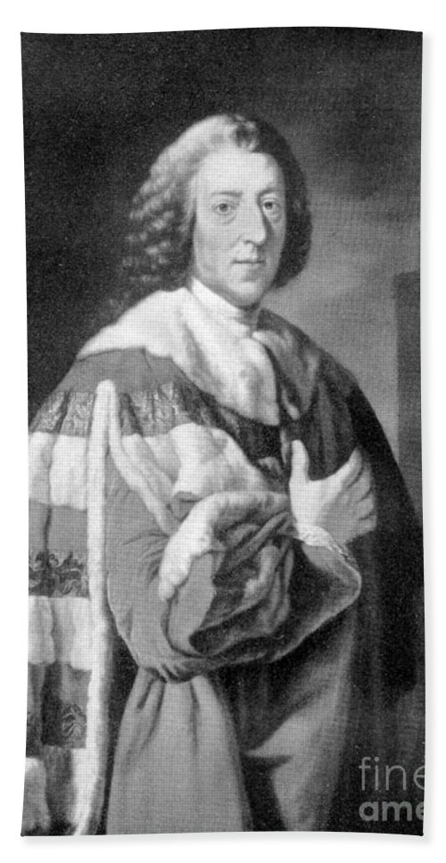 Historic Hand Towel featuring the photograph William Pitt, Prime Minister Of Britain by Wellcome Images