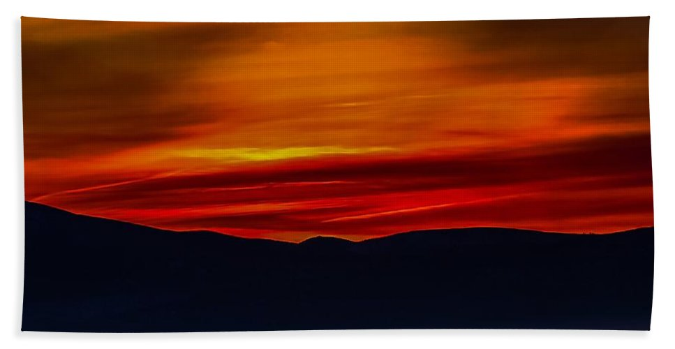 Hand Towel featuring the photograph Winding Light by Dan Hassett