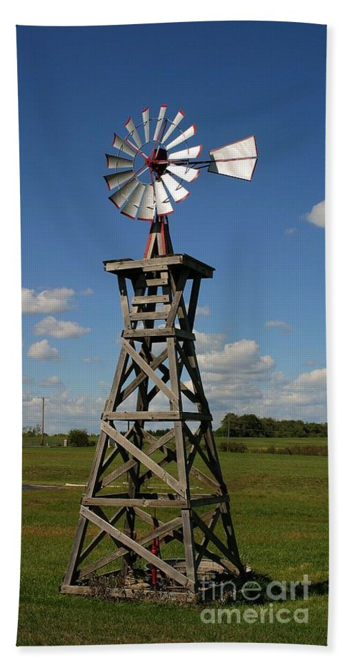 Windmill Photographs Hand Towel featuring the photograph Windmill-5767b by Gary Gingrich Galleries