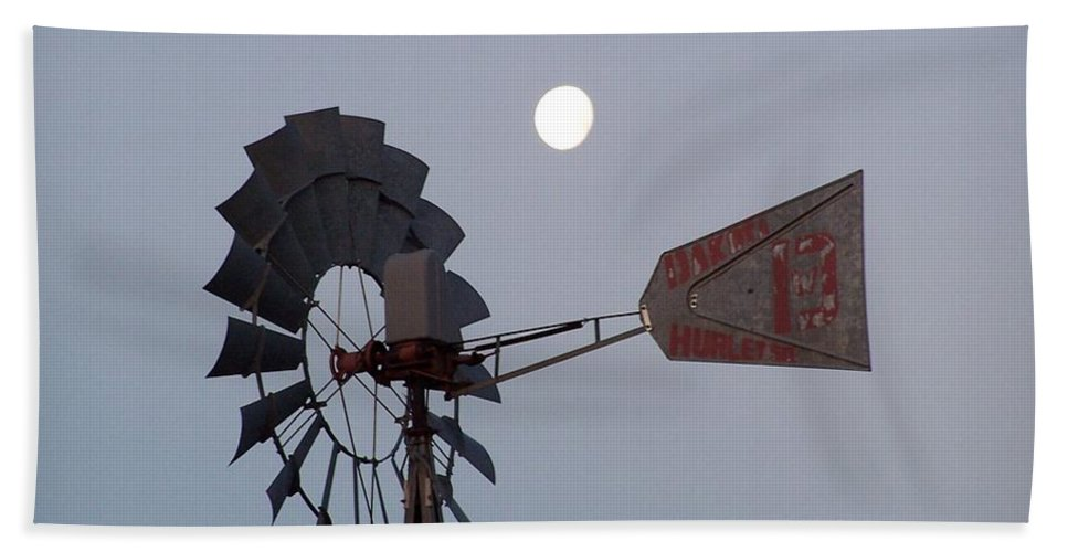 Windmill Bath Towel featuring the photograph Windmill Moon by Gale Cochran-Smith