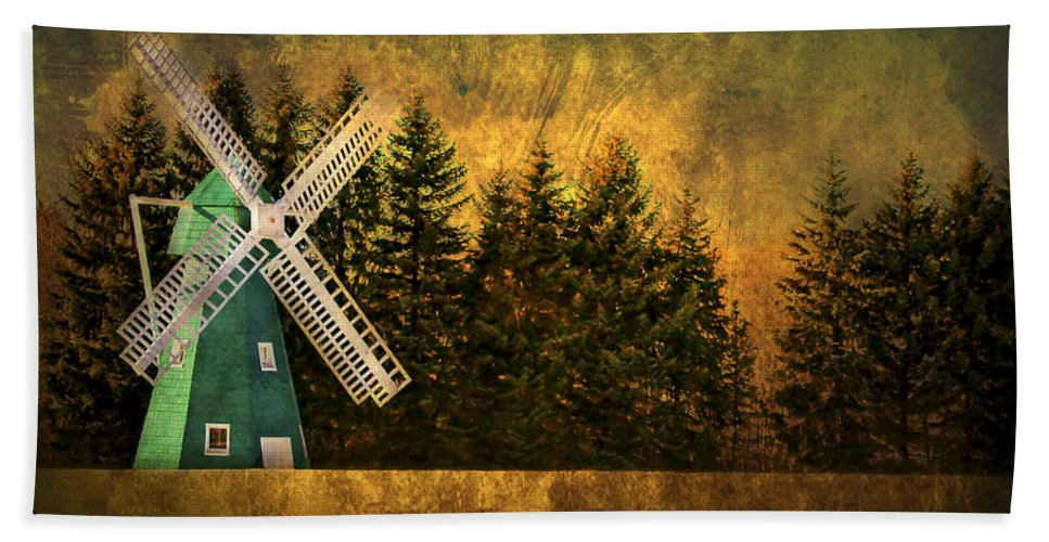Brimfield Bath Sheet featuring the photograph Windmill On My Mind by Evelina Kremsdorf
