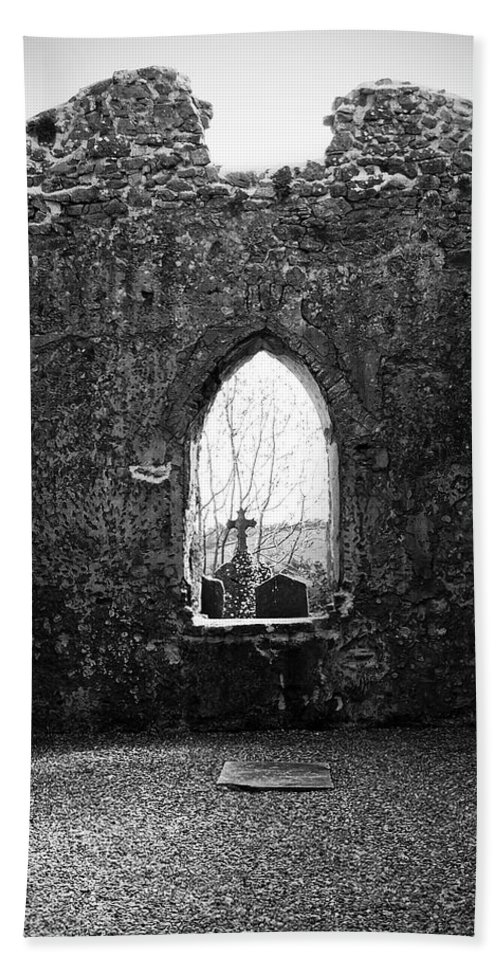 Ireland Bath Towel featuring the photograph Window At Fuerty Church Roscommon Ireland by Teresa Mucha