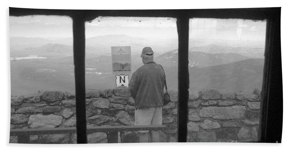 Windows Hand Towel featuring the photograph Window On White Mountain by David Lee Thompson
