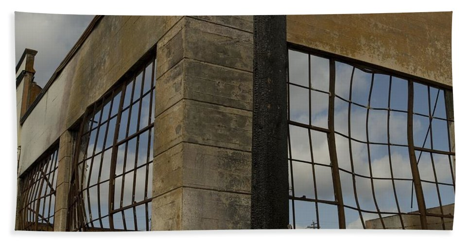 Fire Hand Towel featuring the photograph Window's Pain by Sara Stevenson