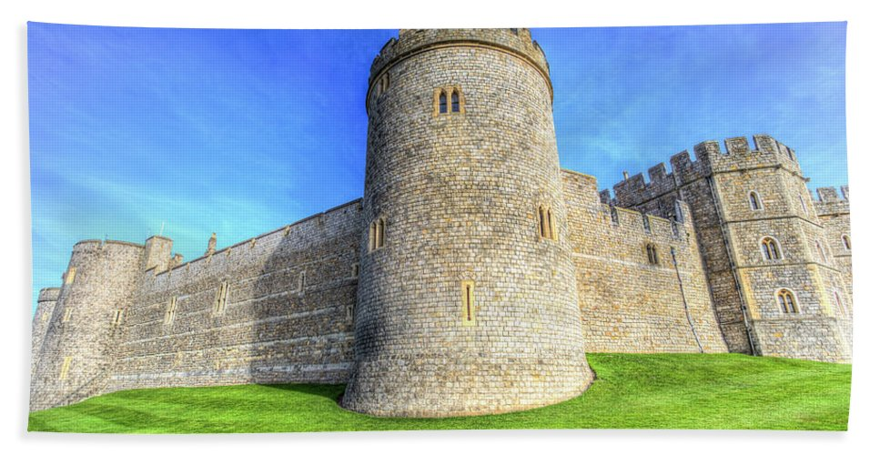 Windsor Castle Hand Towel featuring the photograph Windsor Castle Battlements by David Pyatt