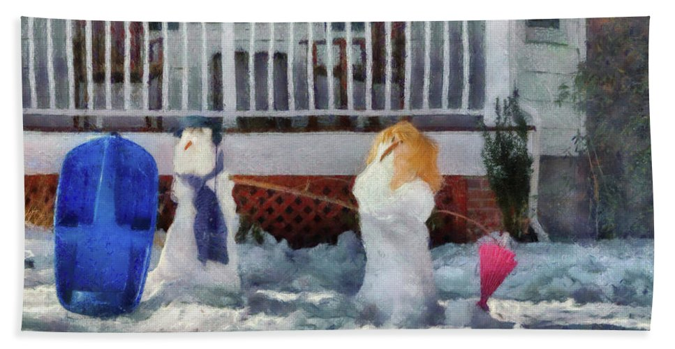 Savad Bath Sheet featuring the photograph Winter - Christmas - Brother And Sister by Mike Savad