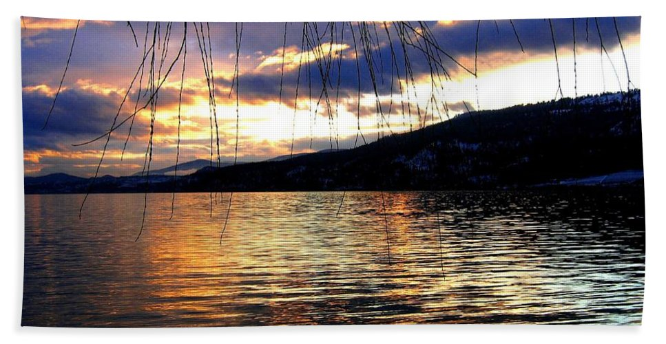 Sunset Bath Towel featuring the photograph Winter Drama by Will Borden