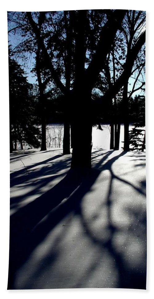 Landscape Bath Towel featuring the photograph Winter Shadows 2 by Tom Reynen