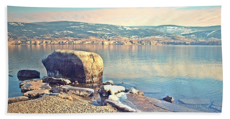 Rock Hand Towel featuring the photograph Winter Silence by Tara Turner