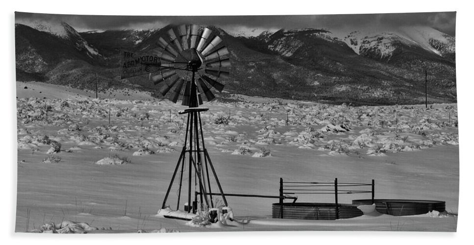 Colorado Photographs Hand Towel featuring the photograph Winter Windmill by Gary Benson
