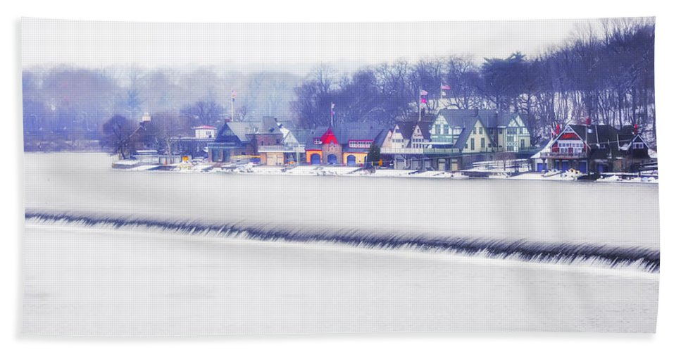 Wintertime Bath Sheet featuring the photograph Wintertime At The Fairmount Dam And Boathouse Row by Bill Cannon