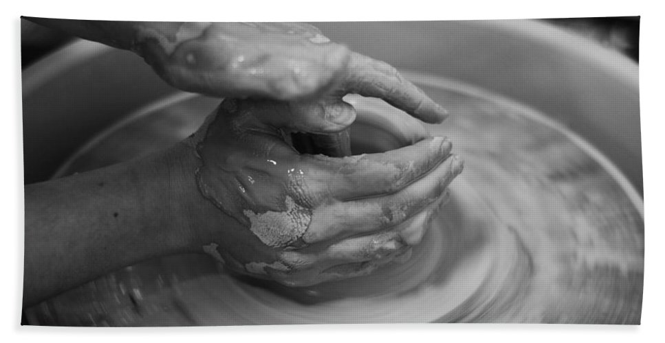 Clay Hand Towel featuring the photograph Working Hands by Anna Friedrichs
