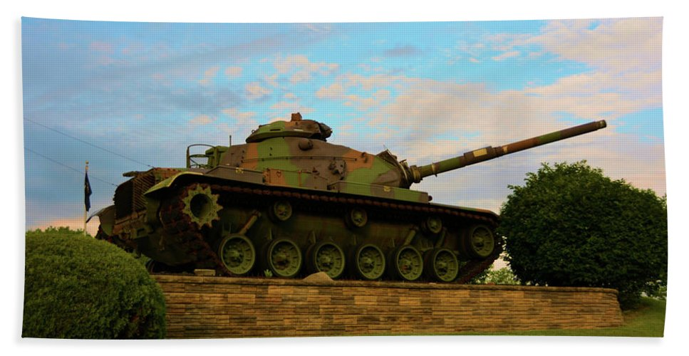 Weapons Hand Towel featuring the photograph World War Two Tank by Richard Jenkins