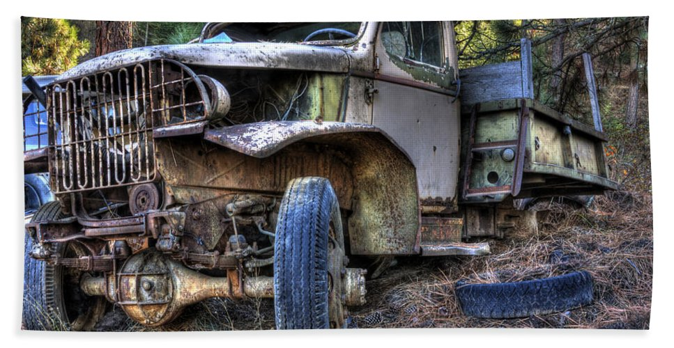 Hand Towel featuring the photograph Wrecking Yard Study 3 by Lee Santa
